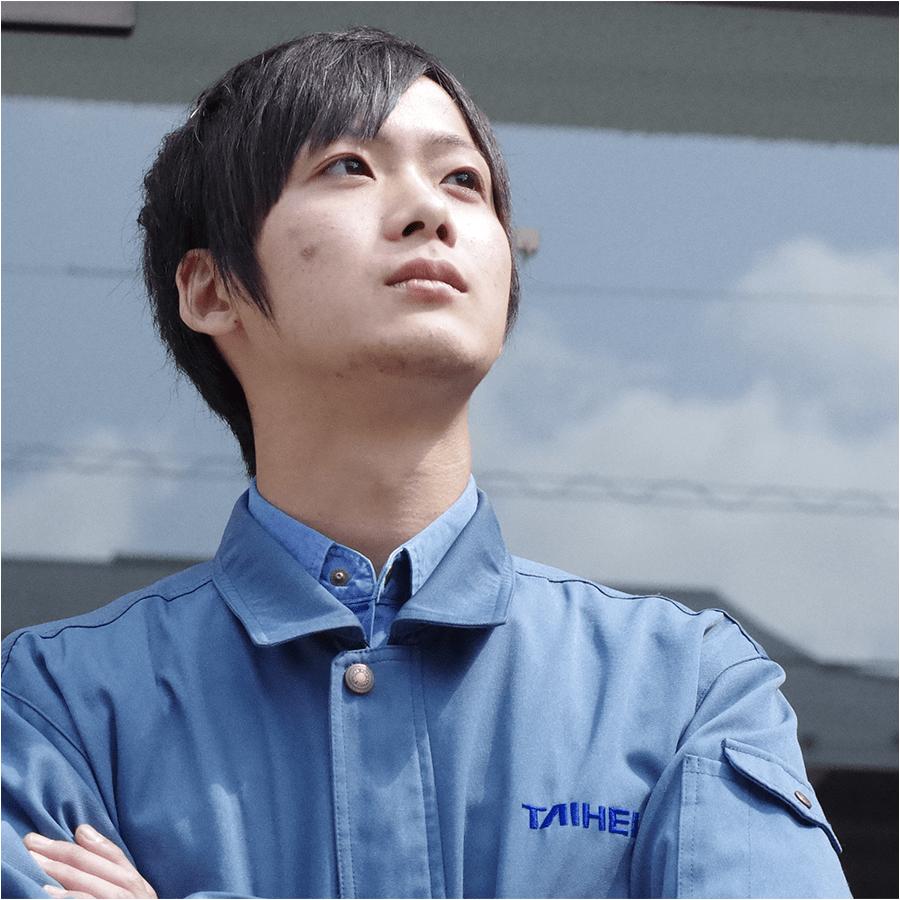 サービス職 三木智也 2014年入社/経済学部卒